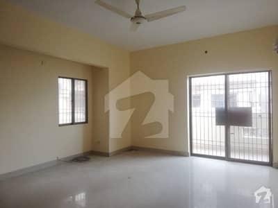 پی ای سی ایچ ایس بلاک 6 پی ای سی ایچ ایس جمشید ٹاؤن کراچی میں 3 کمروں کا 11 مرلہ بالائی پورشن 90 ہزار میں کرایہ پر دستیاب ہے۔
