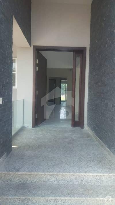 ڈیفینس رایا ڈی ایچ اے ڈیفینس لاہور میں 5 کمروں کا 1 کنال مکان 8.5 کروڑ میں برائے فروخت۔