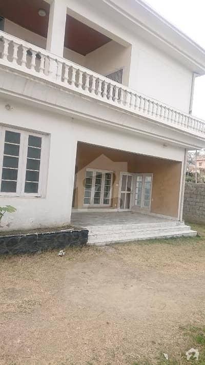 مانسہرہ بائی پاس روڈ مانسہرہ میں 10 کمروں کا 3 کنال مکان 5.5 کروڑ میں برائے فروخت۔