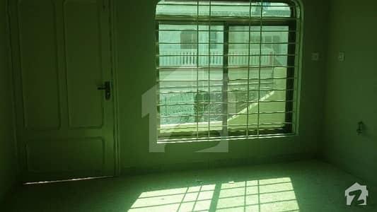جی ۔ 10/1 جی ۔ 10 اسلام آباد میں 4 کمروں کا 477218.54 کنال مکان 90 ہزار میں کرایہ پر دستیاب ہے۔
