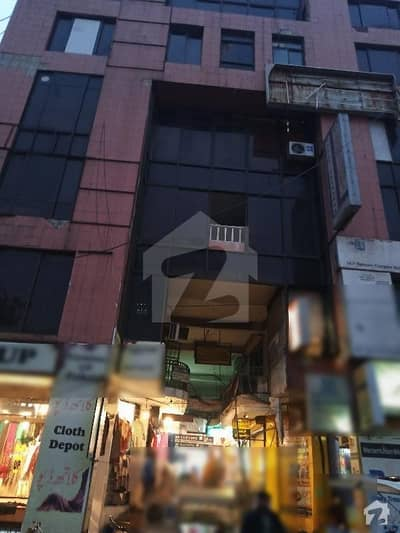 530 Sq Ft Flat Available For Sale 4th Floor Rehmeen Complex Gulberg 2 Main Market