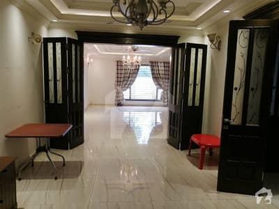 ماڈل ٹاؤن ۔ بلاک ای ماڈل ٹاؤن لاہور میں 6 کمروں کا 2 کنال مکان 3.5 لاکھ میں کرایہ پر دستیاب ہے۔