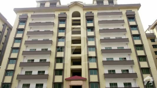 2nd Floor Facing Roundabout 3 Beds 10 Marla Brand New Possession Flat For Sale in Askari 11 Lahore