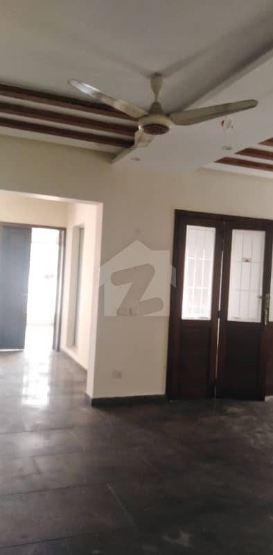 Brand New One Kanal House 5 Bed For Rent