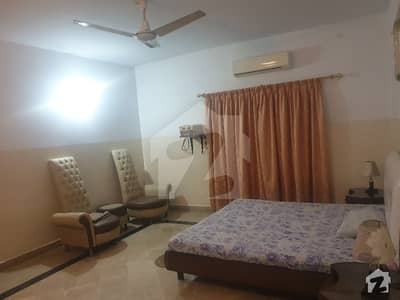 عسکری 5 ملیر کنٹونمنٹ کینٹ کراچی میں 3 کمروں کا 10 مرلہ فلیٹ 48 ہزار میں کرایہ پر دستیاب ہے۔