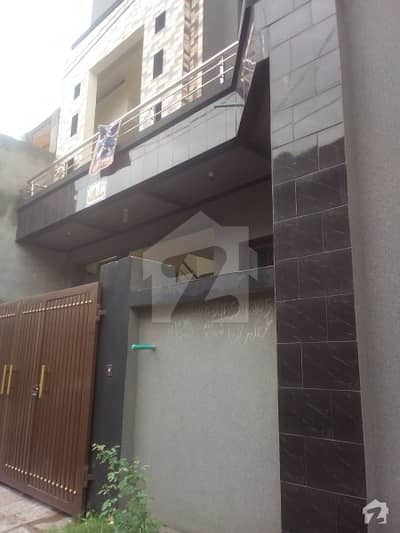 غوری ٹاؤن اسلام آباد میں 4 کمروں کا 5 مرلہ مکان 40 ہزار میں کرایہ پر دستیاب ہے۔