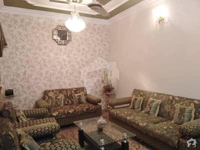 فیڈرل بی ایریا ۔ بلاک 9 فیڈرل بی ایریا کراچی میں 3 کمروں کا 6 مرلہ بالائی پورشن 1.05 کروڑ میں برائے فروخت۔