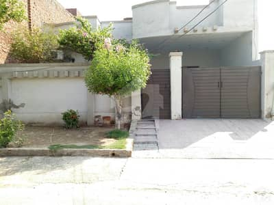 10 Marla House In Central Samundari Road For Sale