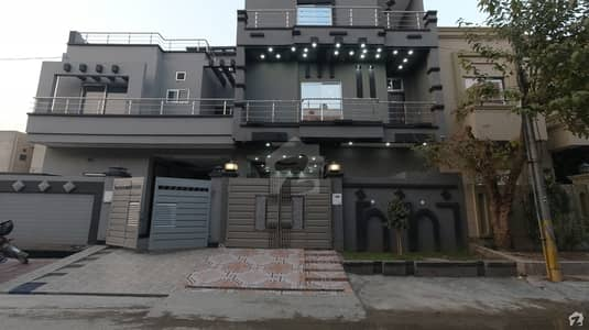 5 Marla House In Johar Town For Sale