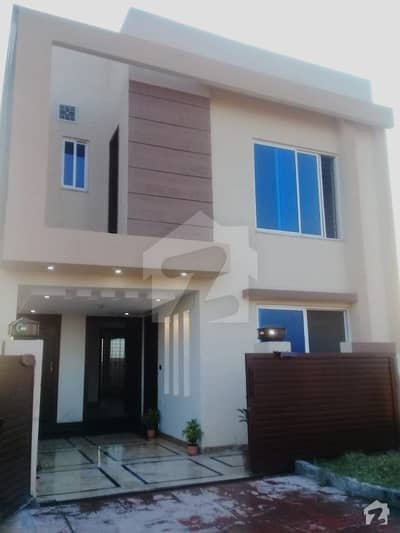 Bahria Town Phase 8 5 Marla Double Unit House 3 Beds With Attached Bath M Block Ideal Location