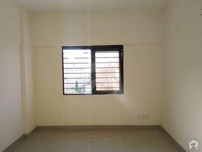 Flat Sized 750 Square Feet Is Available For Sale In Gadap Town