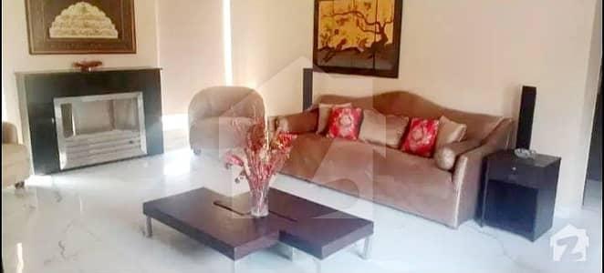 ڈی ایچ اے فیز 7 - بلاک یو فیز 7 ڈیفنس (ڈی ایچ اے) لاہور میں 3 کمروں کا 1 کنال بالائی پورشن 90 ہزار میں کرایہ پر دستیاب ہے۔