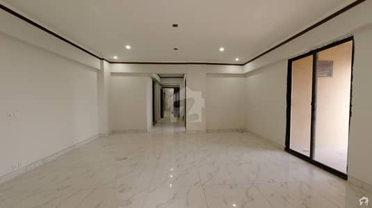 1800 Square Feet Flat For Sale In Clifton