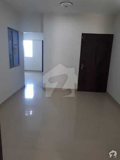 سحر کمرشل ایریا ڈی ایچ اے فیز 7 ڈی ایچ اے کراچی میں 2 کمروں کا 4 مرلہ فلیٹ 32 ہزار میں کرایہ پر دستیاب ہے۔