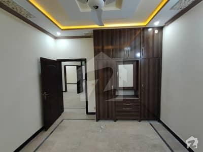 ایچ ۔ 13 اسلام آباد میں 5 کمروں کا 5 مرلہ مکان 54 ہزار میں کرایہ پر دستیاب ہے۔