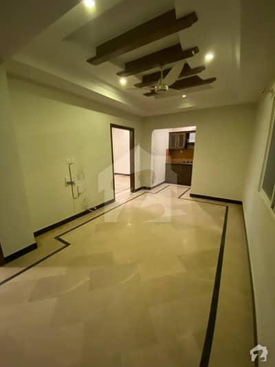 ای ۔ 11/2 ای ۔ 11 اسلام آباد میں 2 کمروں کا 4 مرلہ فلیٹ 75 لاکھ میں برائے فروخت۔