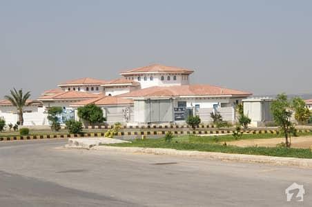 ڈی ایچ اے سٹی کراچی کراچی میں 3 کمروں کا 4 کنال فارم ہاؤس 2.75 کروڑ میں برائے فروخت۔