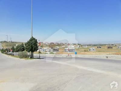 1 Kanal Level Plot For Sale In Sector F