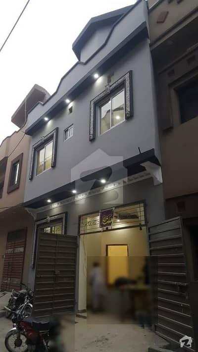 الجلیل گارڈن ۔ بلاک بی الجلیل گارڈن لاہور میں 3 کمروں کا 5 مرلہ مکان 90 لاکھ میں برائے فروخت۔