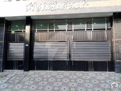 فتح ٹاؤن اوکاڑہ میں 12 کمروں کا 1.5 کنال مکان 10 کروڑ میں برائے فروخت۔