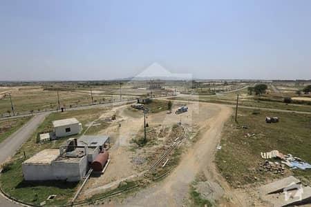 یونیورسٹی ٹاؤن ۔ بلاک بی یونیورسٹی ٹاؤن اسلام آباد میں 10 مرلہ رہائشی پلاٹ 45 لاکھ میں برائے فروخت۔