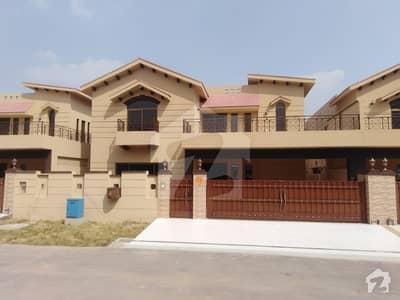 ائیرپورٹ روڈ لاہور میں 5 کمروں کا 17 مرلہ مکان 1.45 لاکھ میں کرایہ پر دستیاب ہے۔