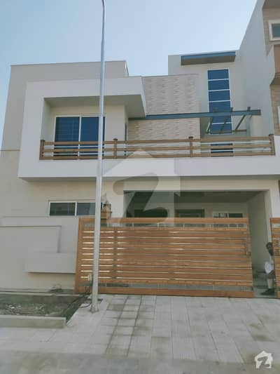 House Of 1800 Square Feet  For Sale In G-13