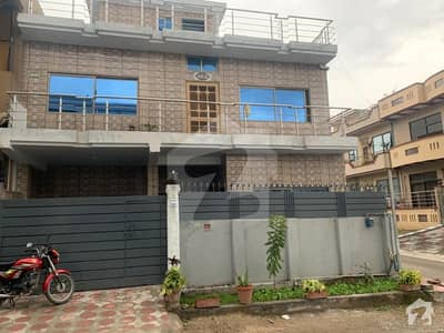 Corner House For Sale In G-10