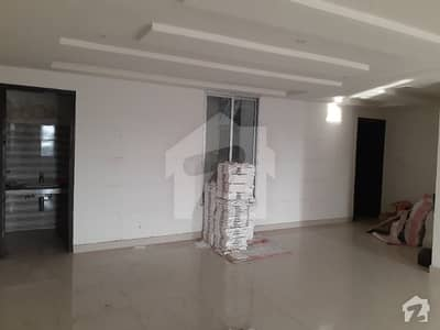 Mian Road Running Plaza Commercial 1st Floor Office For Rent
