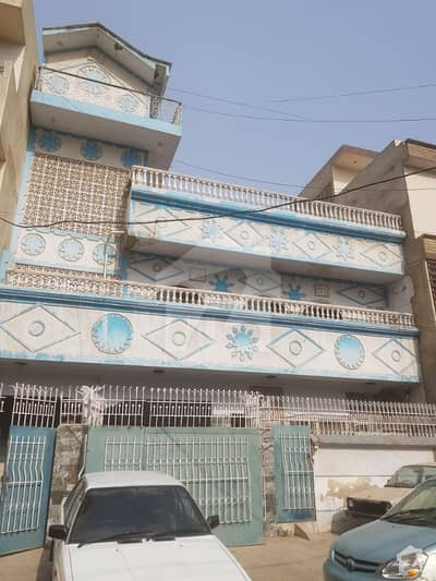 240 Yards Ground 2 Banglow Available For Sale At Gulshan E Iqbal Block 1 Near Total Petrol Pump Very Near To Maine Road Old Constructed But Maintain