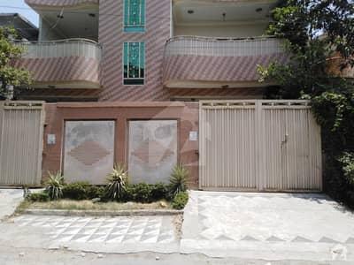 حیات آباد فیز 2 - جے3 حیات آباد فیز 2 حیات آباد پشاور میں 7 کمروں کا 10 مرلہ مکان 3.1 کروڑ میں برائے فروخت۔