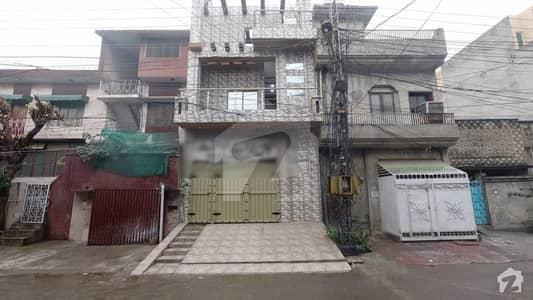 علامہ اقبال ٹاؤن لاہور میں 5 کمروں کا 6 مرلہ مکان 1.75 کروڑ میں برائے فروخت۔