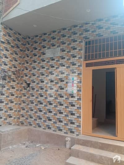 5265  Square Feet Flat Ideally Situated In Azam Town