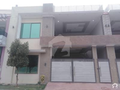 علامہ اقبال ایونیو جہانگی والا روڈ بہاولپور میں 4 کمروں کا 7 مرلہ مکان 1.3 کروڑ میں برائے فروخت۔