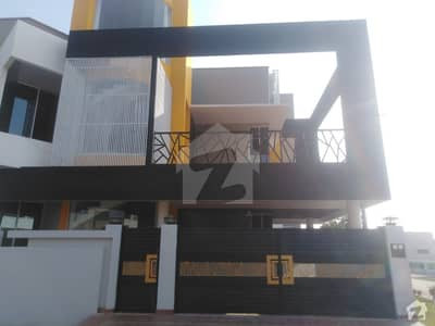 Ideally Located House For Sale In Jhangi Wala Road Available