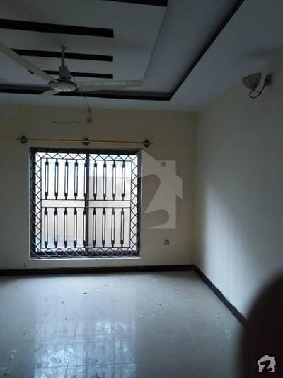 مارگلہ ٹاؤن اسلام آباد میں 4 کمروں کا 5 مرلہ مکان 55 ہزار میں کرایہ پر دستیاب ہے۔