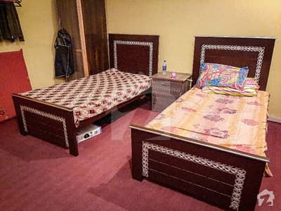 Luxury Room For Rent In 5 Marla House