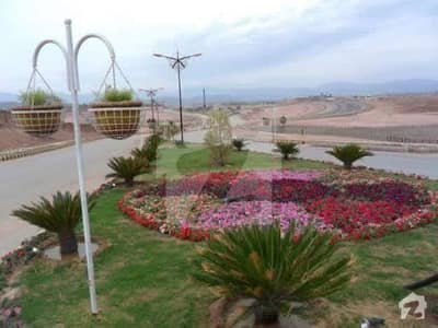 Bahria Enclave Sector P 10 Marla Park Face Plot Available For Sale