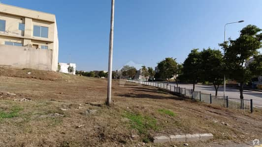 Boulevard Park Face Plot Available For Sale In Bahria Town Phase 8  Rafi Block