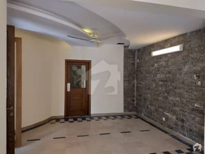 Spacious 444 Square Yards House Available For Rent In F_6