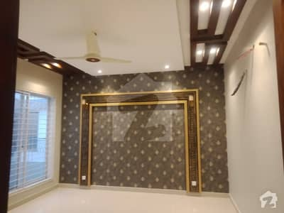 One Kanal Upper Portion For Rent In Dha Lahore Separate Gate