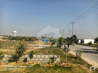 یونیورسٹی ٹاؤن اسلام آباد میں 10 مرلہ رہائشی پلاٹ 55 لاکھ میں برائے فروخت۔