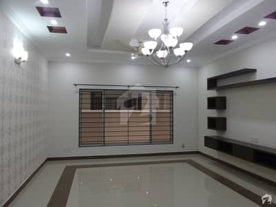 Spacious 10 Marla House Available For Rent In Bahria Town Rawalpindi