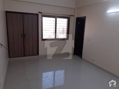 1200  Square Feet Flat Is Available For Sale In Clifton