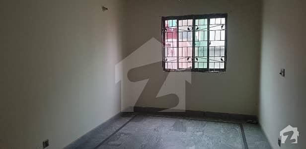 پاک عرب سوسائٹی فیز 1 - بلاک سی پاک عرب ہاؤسنگ سوسائٹی فیز 1 پاک عرب ہاؤسنگ سوسائٹی لاہور میں 1 کمرے کا 3 مرلہ فلیٹ 14 ہزار میں کرایہ پر دستیاب ہے۔