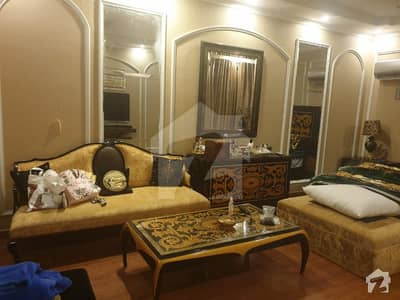 ڈی ایچ اے فیز 1 ڈیفنس (ڈی ایچ اے) لاہور میں 6 کمروں کا 2 کنال مکان 9.5 کروڑ میں برائے فروخت۔