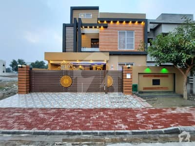 10 Marla Brand New Luxury House Is Available For Sale In Bahria Town Lahore