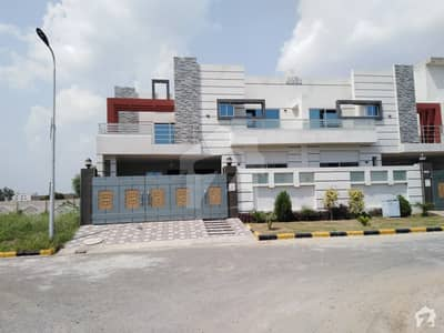 Faisalabad Road House Sized 8 Marla Is Available