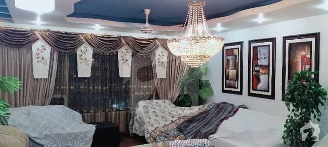 کلفٹن ۔ بلاک 7 کلفٹن کراچی میں 4 کمروں کا 10 مرلہ فلیٹ 1.5 لاکھ میں کرایہ پر دستیاب ہے۔