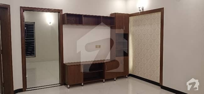 House Of 2250  Square Feet For Sale In Lda Avenue